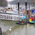 Guide to Living on a Houseboat