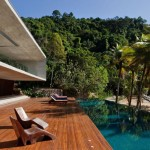The Voyeuse: Ultimate Beach House